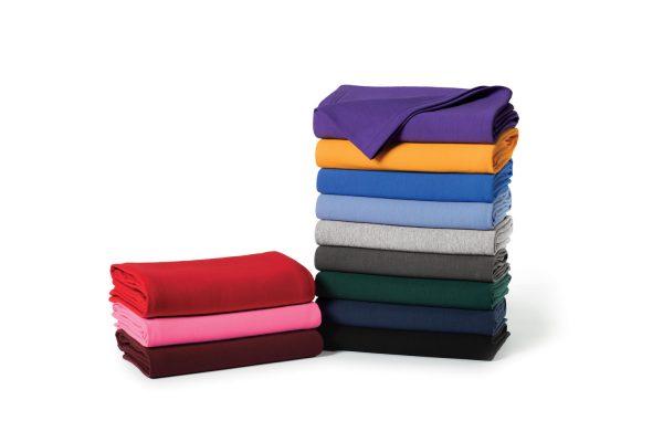 Fleece sweatshirt blanket